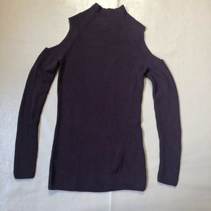 Aritzia Wilfred Cold shoulder knit sweater